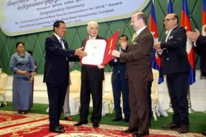Academician HUN SEN-Prime Minister of Cambodia proudly World Tourism Instituion Prize